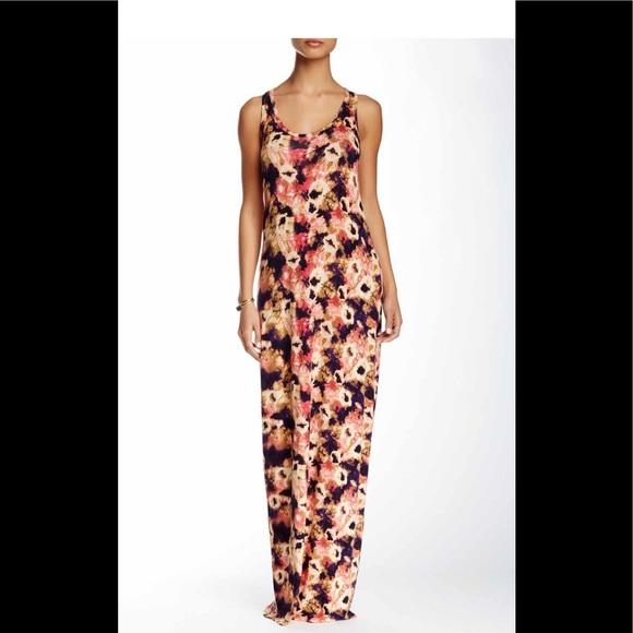 Loveappella Dresses & Skirts - ✨NWT ✨Racerback Loveappella Maxi Dress